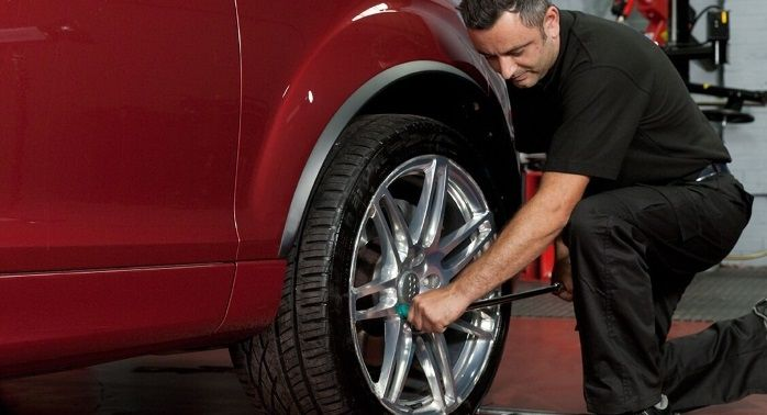 Tyre-Smart (Essex) Changing a car tyre