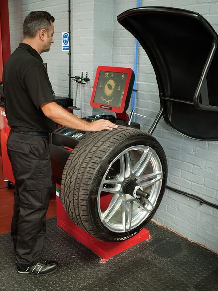 Wheel Balancing, Witham, Tyre-smart (Essex)